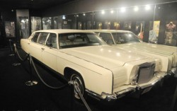 Elvis 1973 Lincoln