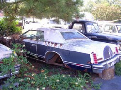 rusted 1979 Lincoln Mark V