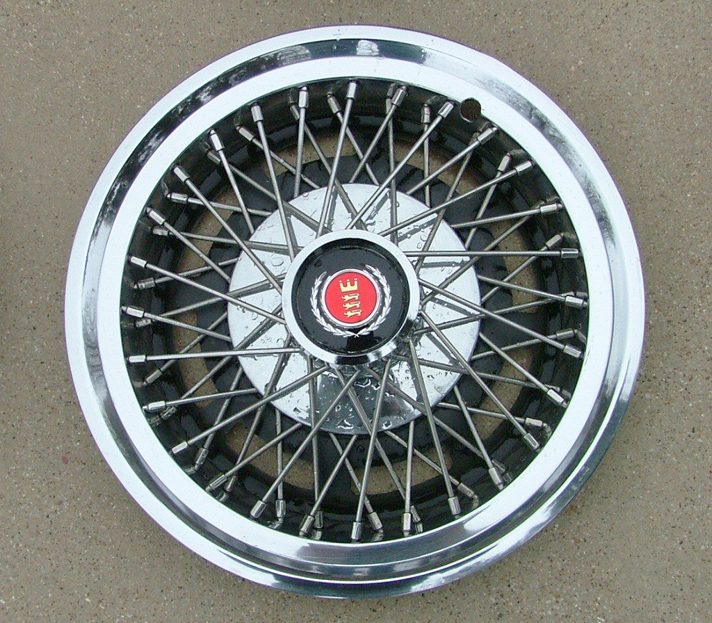 1977 Ford wire wheel cover