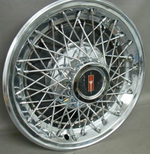 14 Inch Buick Hubcaps >> 1978 GM 14-inch wire wheel cover – Pontiac version | CLASSIC CARS TODAY ONLINE