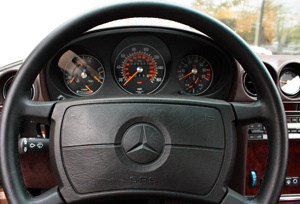 1986 Mercedes 560SL instrument cluster small