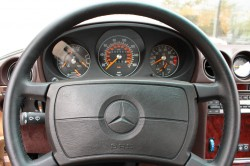 "1986 MERCEDES 560SL ""airplane dial"" instrument cluster"