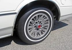 chrysler imperial wheel