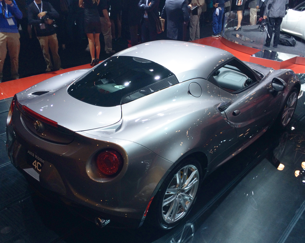 2015 alfa romeo 4c at the 2014 new york auto show. Black Bedroom Furniture Sets. Home Design Ideas