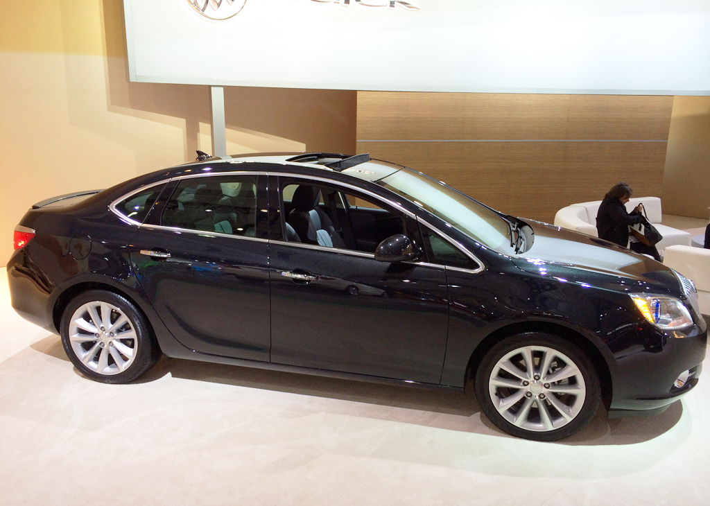 2014 buick verano at the 2014 new york auto show classic cars today online. Black Bedroom Furniture Sets. Home Design Ideas