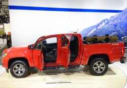 2016, chevrolet, colorado, new york auto show