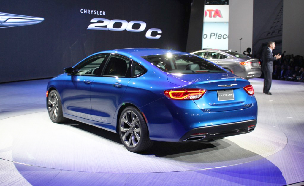 2015, chrysler, 200, new york auto show