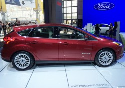 2015, ford, focus, new york auto show