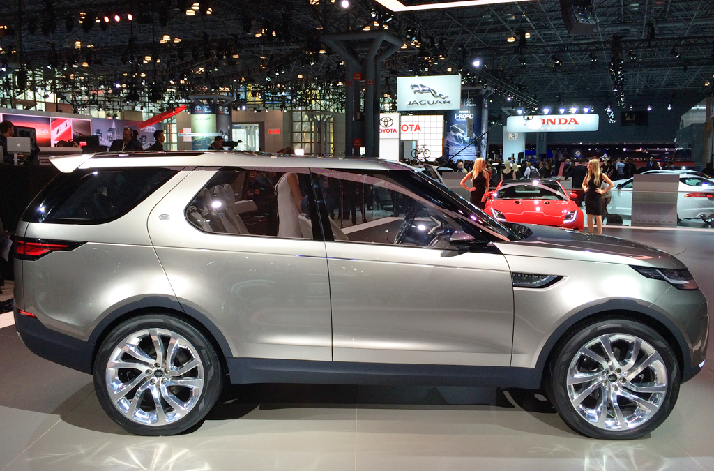 2014, land rover, discovery, new york auto show