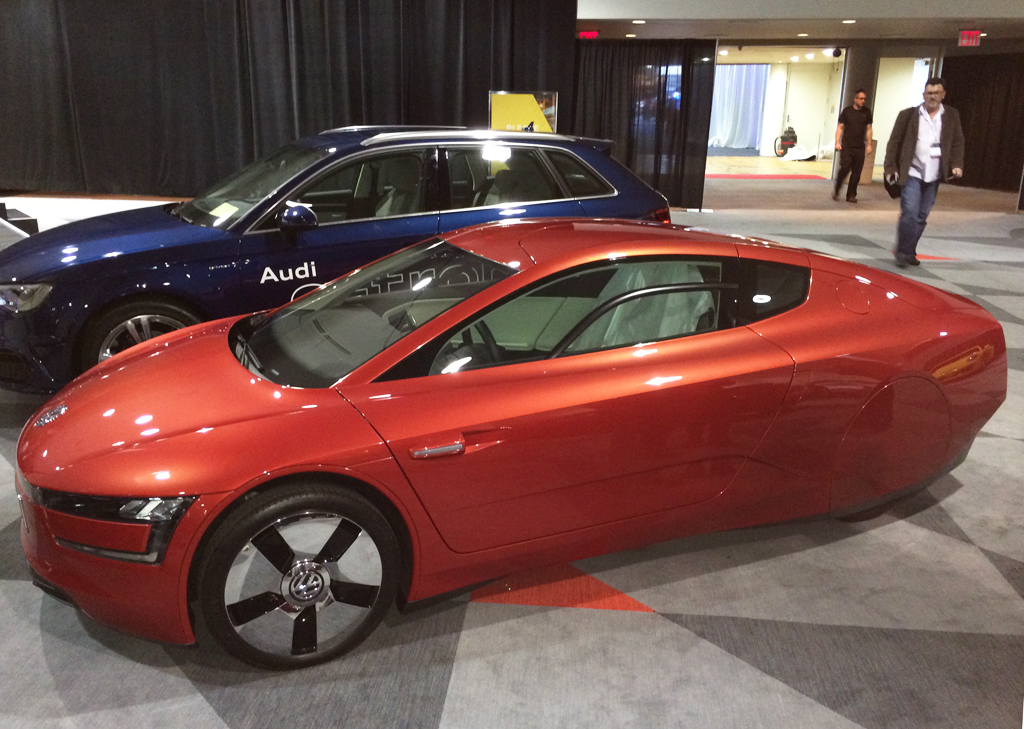 Volkswagen Xl7 Concept At The 2014 New York Auto Show