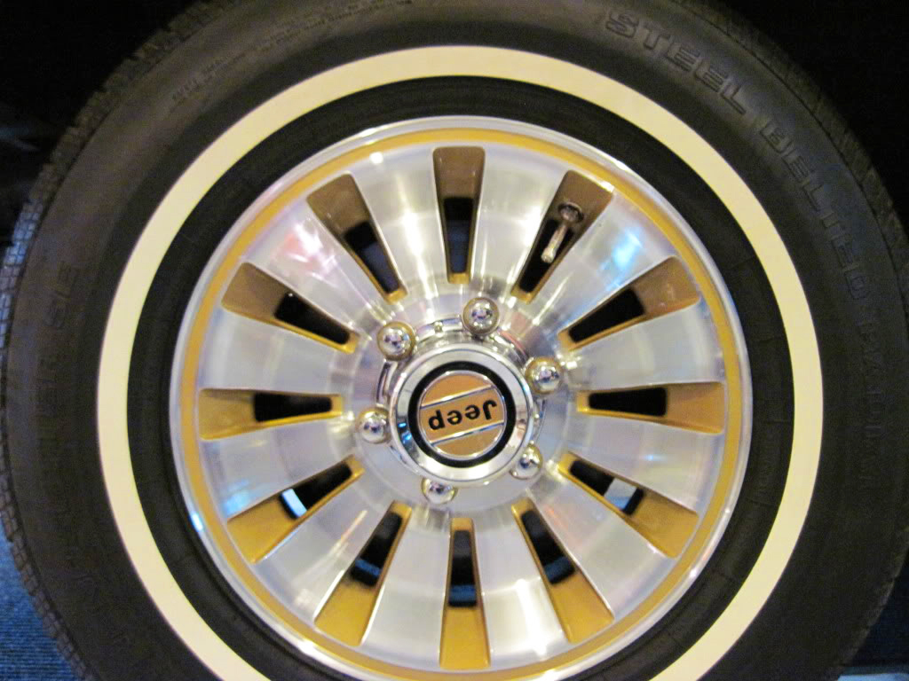 jeep grand wagoneer wheel, gold