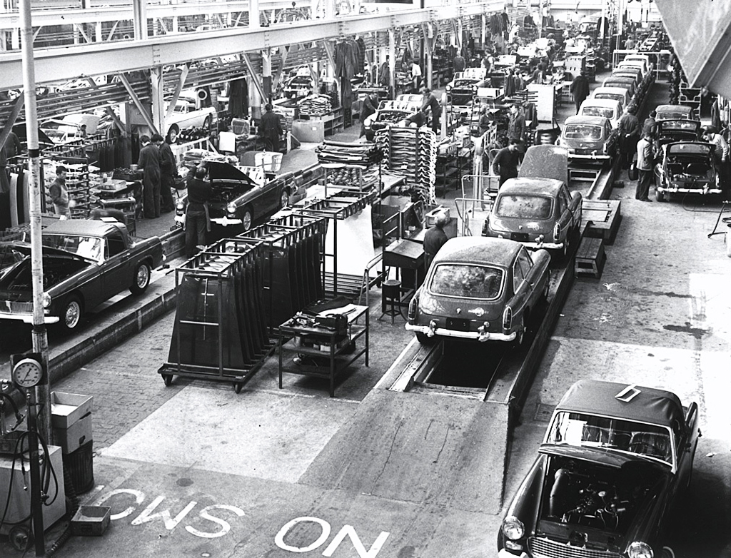 Toyota Factory In Japan >> MGB assembly line – late 1960s or early 1970s | CLASSIC CARS TODAY ONLINE