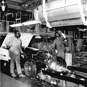 Old Classic Cars >> Cadillac assembly line, 1973 | CLASSIC CARS TODAY ONLINE