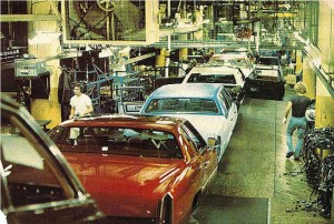 Cadillac assembly line in Detroit, 1978 | CLASSIC CARS ...