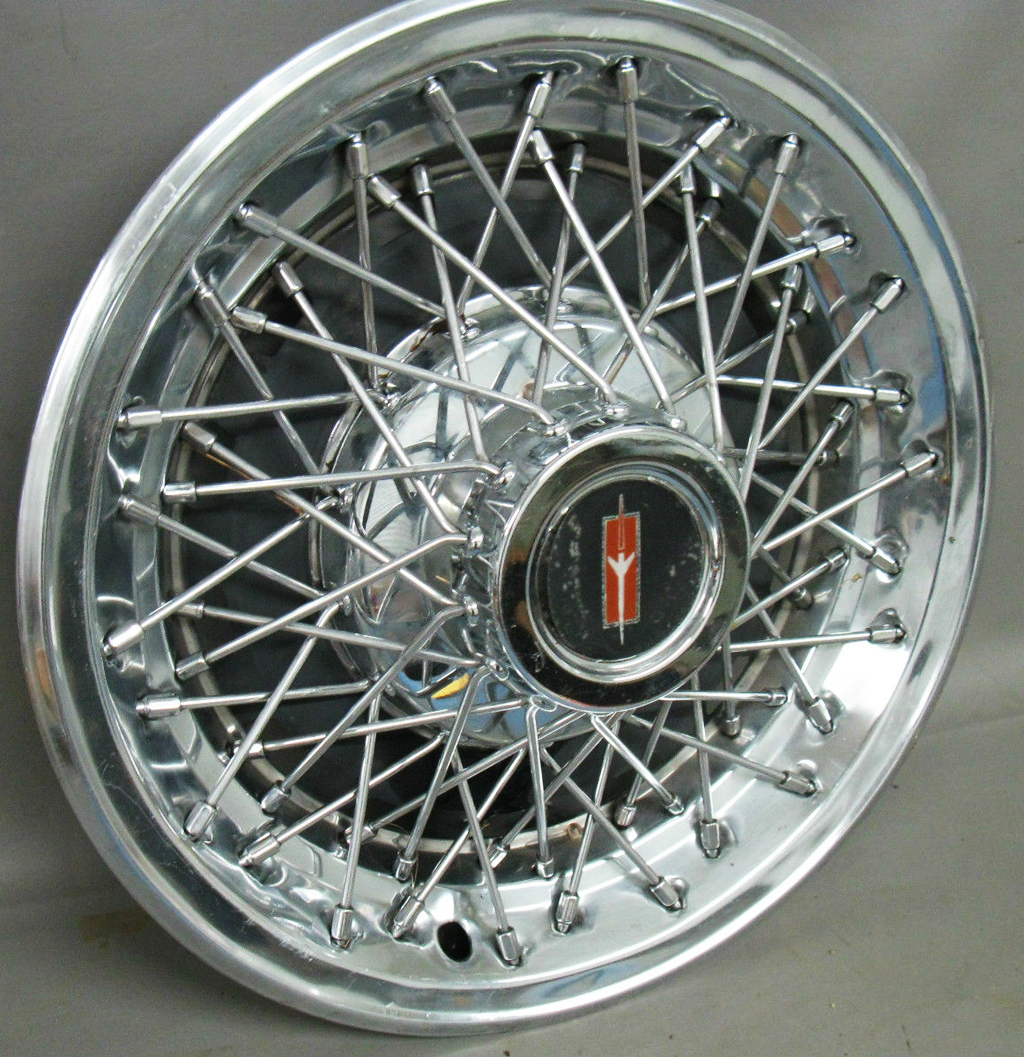 1978 Gm 14 Inch Wire Wheel Cover Pontiac Version