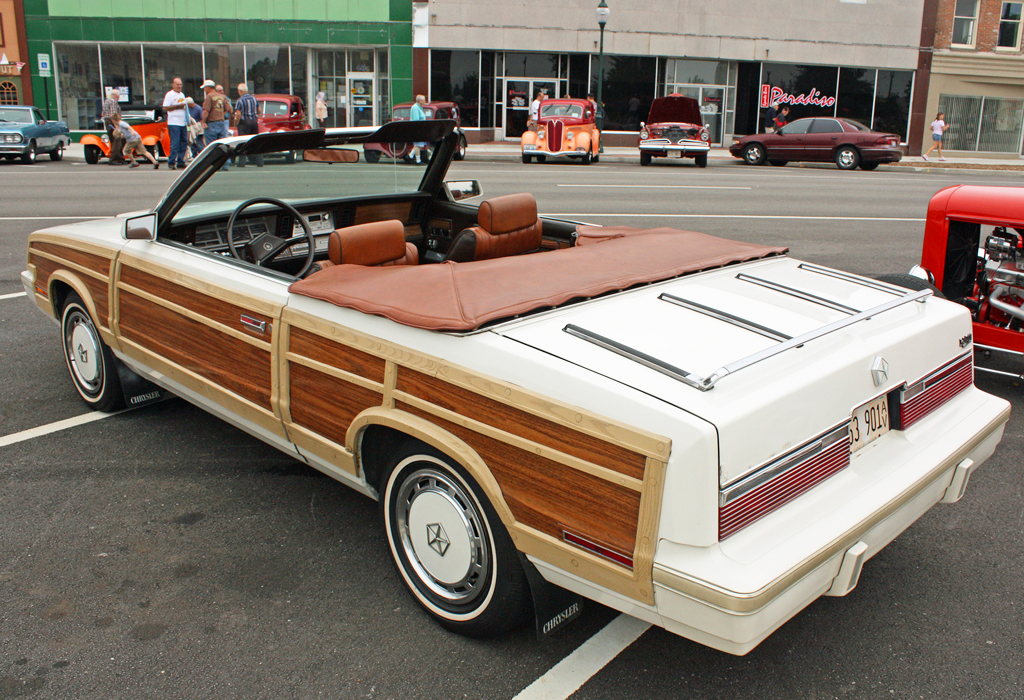 1983 Chrysler Town Country Convertible