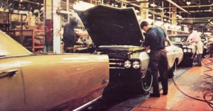 Cars On Line >> 1967 Buick assembly line in Flint Michigan | CLASSIC CARS TODAY ONLINE