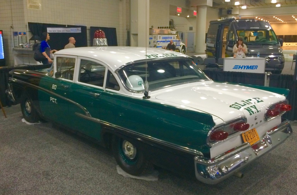 Ford Custom New York City Police Car At The New York - Classic car show nyc